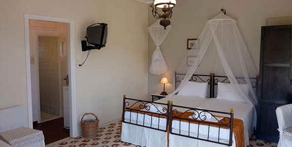 Accommodation at Villa Niki in Serifos Greece